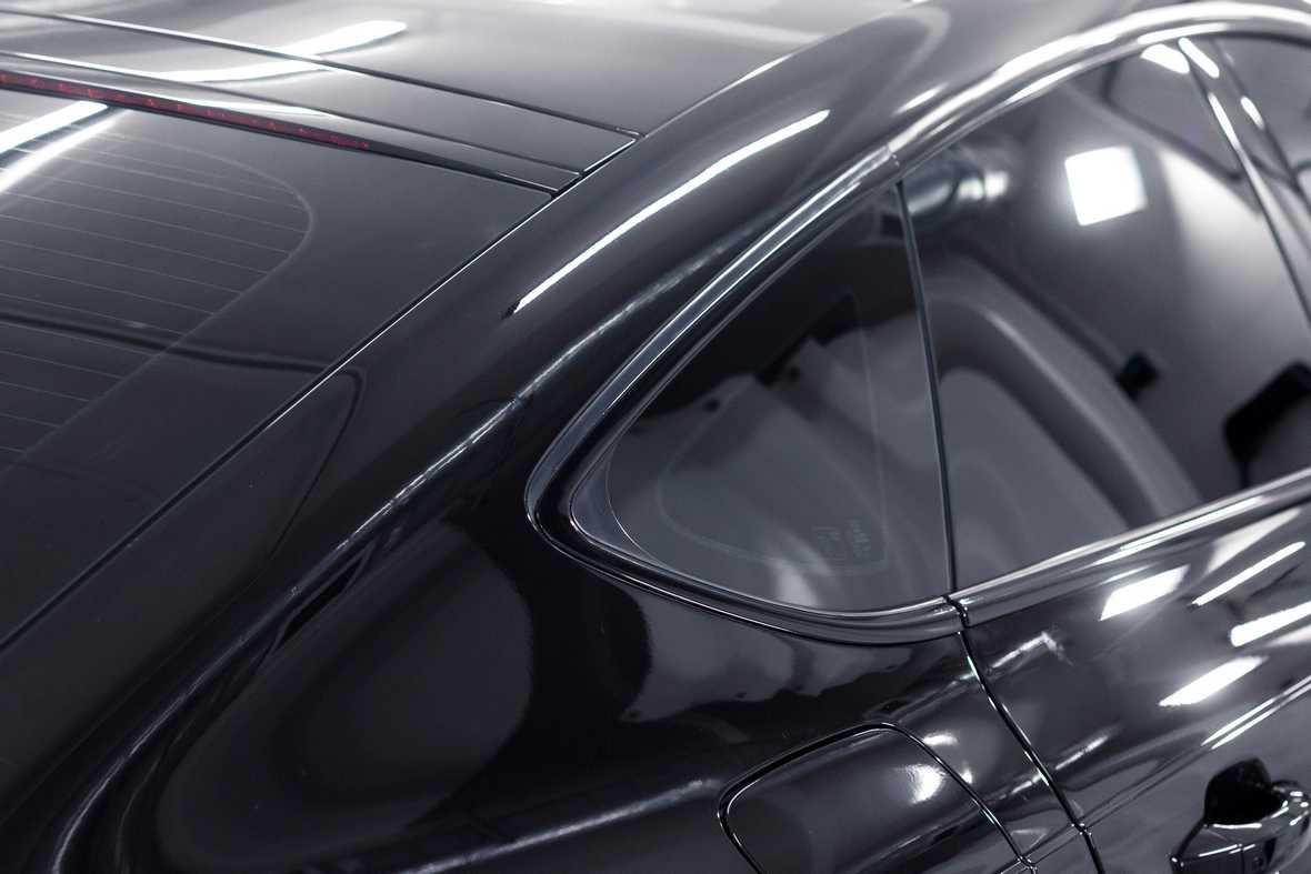 Как выглядит рамка у Audi A7 после выполнения работ по услуге антихром. Смотреть фото.