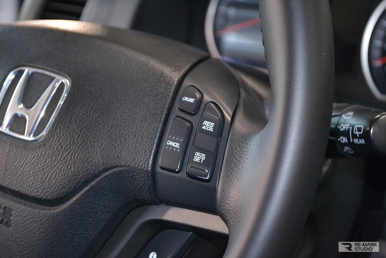 Смотреть на фото руль автомобиля Хонда после чистки и покраски.